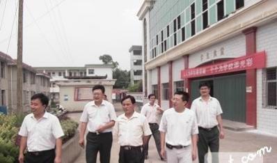县委常委、宣传部长张向东到隘口中学检查指导工作